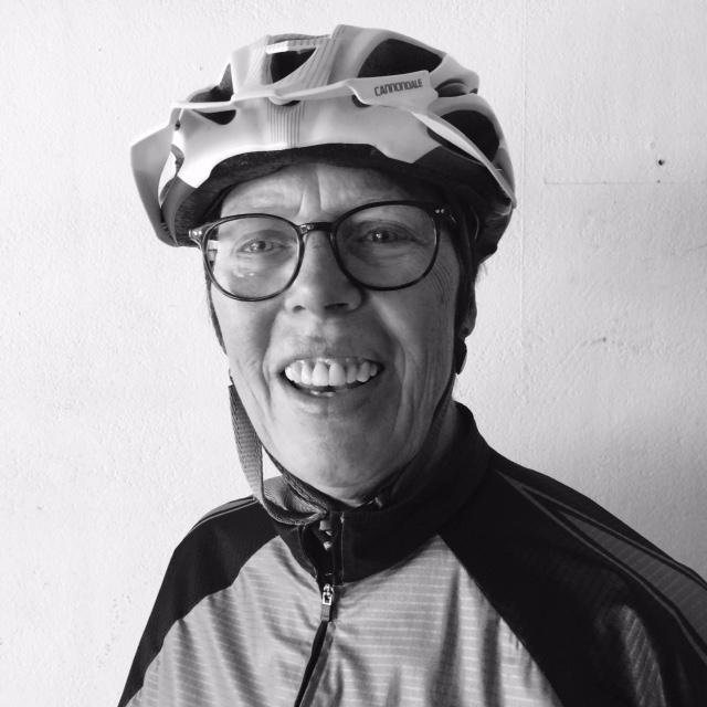portretfoto fietskoerier helga dashorst