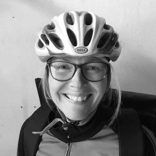 portretfoto fietskoerier erika holwerda