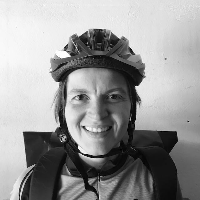 portretfoto fietskoerier hella godee